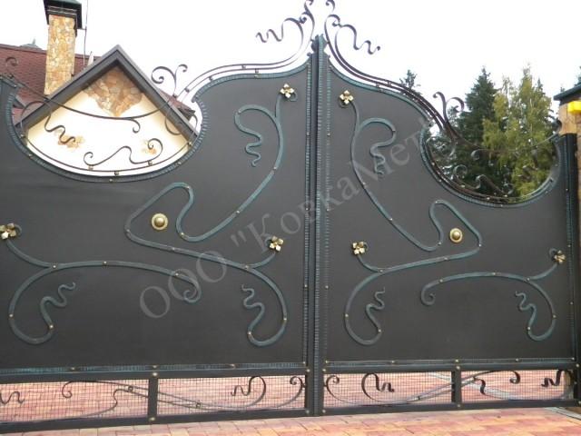 Распашные кованые ворота АРТ. КВ-4